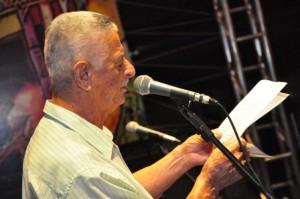J Menezes é o dono de uma voz marcante para as pessoas que viveram nas décadas de 50, 60 e início de 70 em Vitória da Conquista
