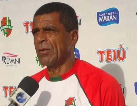 O técnico Elias Borges será mantido para próxima competição
